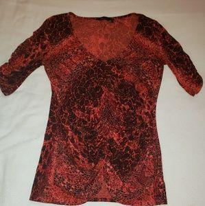 SOFIA VERGARA red dressy shirt.